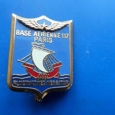 Base aerienne 117 paris