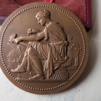 Dubois medaille